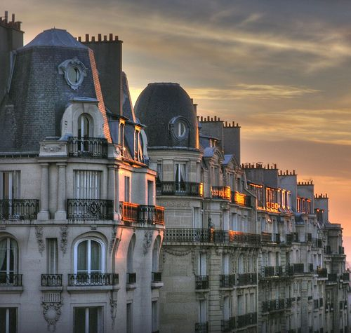 Dusk Paris Stunning Architecture Everywhere You Turn Perhaps The Most Beautiful City - Architecture Haussmannienne