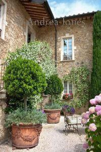 italian villa courtyard | Italian Style | Pinterest ...