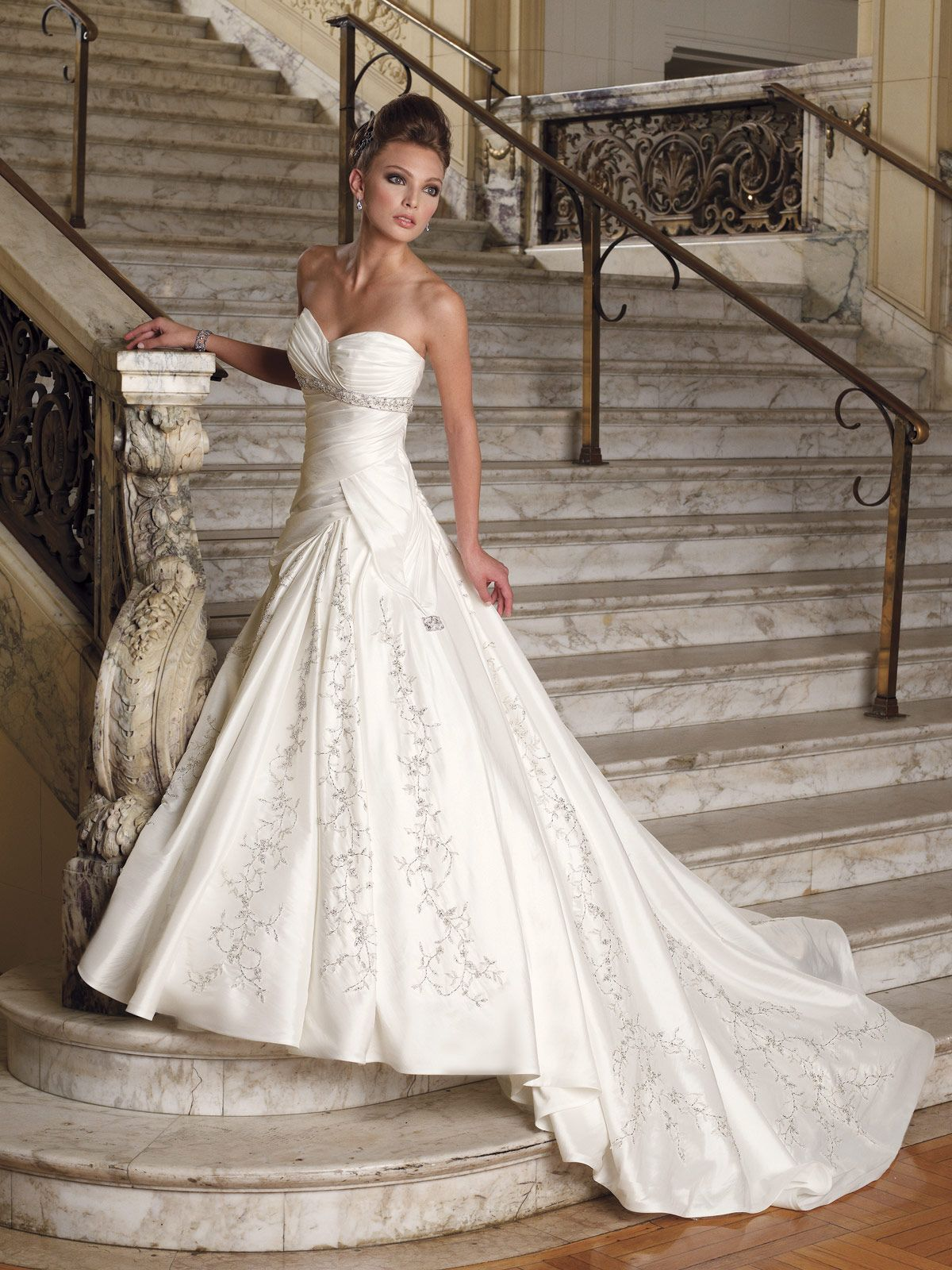 reasonable wedding dresses 02 17 Rustic Ideas Plum Pretty Sugar