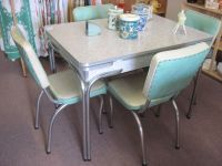 Cracked Ice Table and Chairs | Vintage Kitchen | Pinterest ...