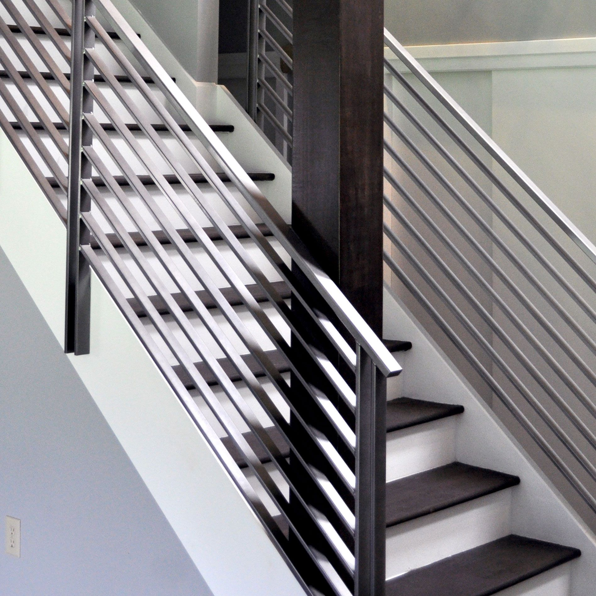Balustrade Tangga Elegant Iron Studios Custom Ornamental Metalwork