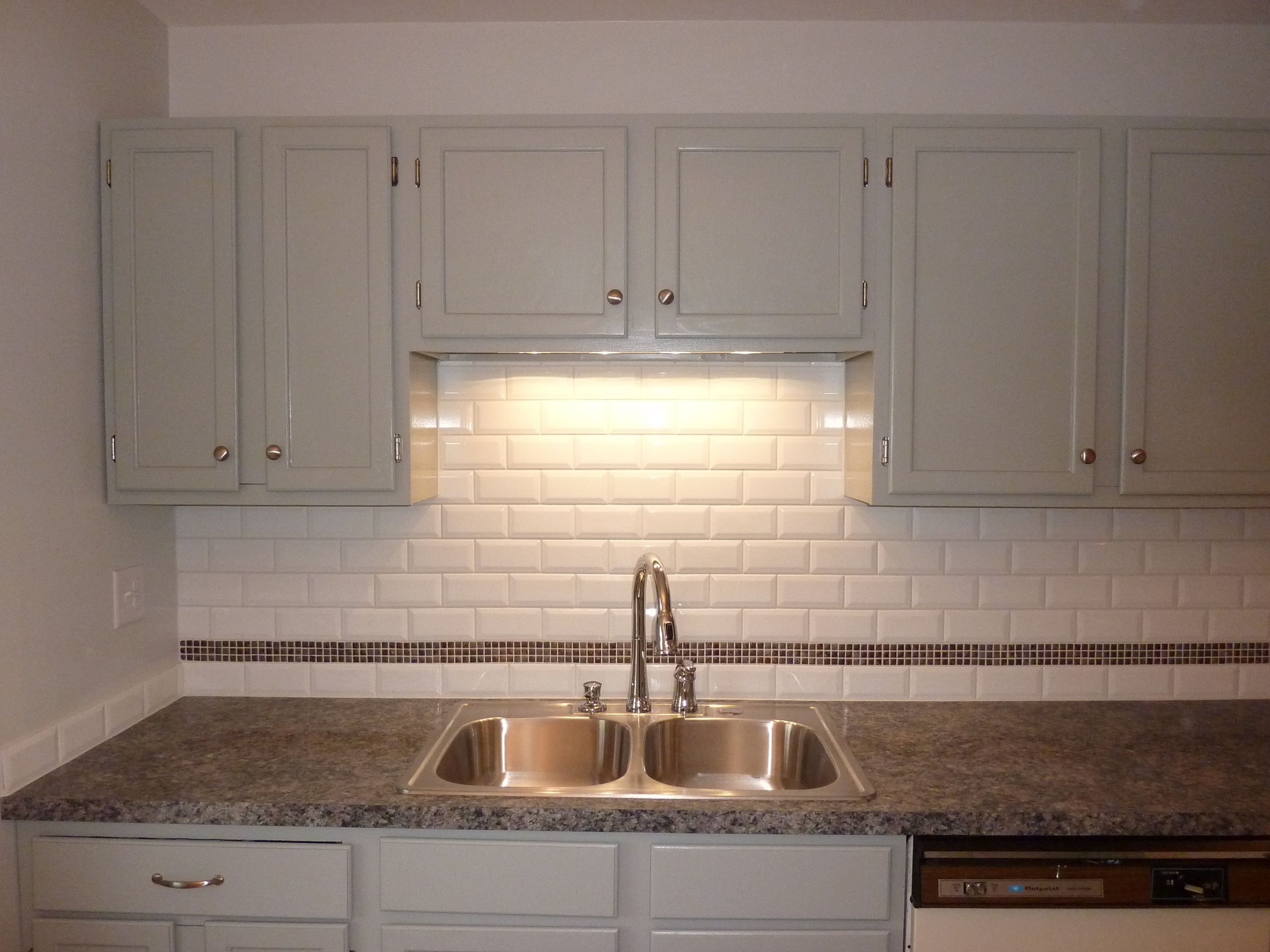 3d Kitchen Flooring Painted Gray Cabinets 3d White Subway Tiles With A Stone