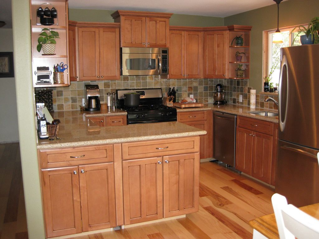 Natural Way To Clean Granite Countertops Maple Cabinets And Hickory Floors Google Search