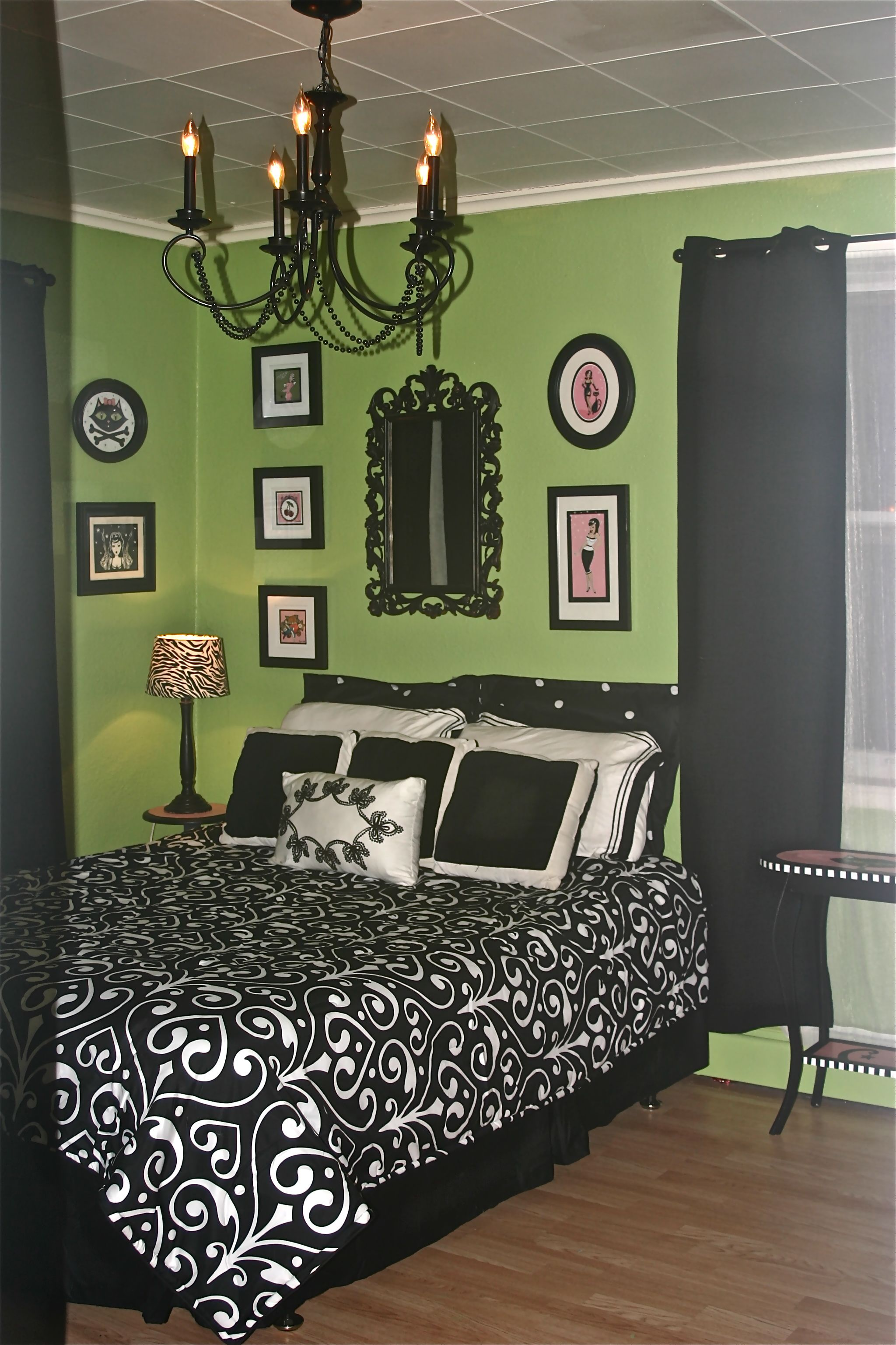 Black White And Green Bedroom Green Black And Pink Just Painted My Bathroom This