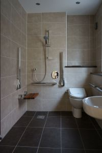 Wet room - shower with disabled access | disable bathroom ...
