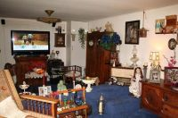 this house needs to have a garage sale. | Ugly Decor ...