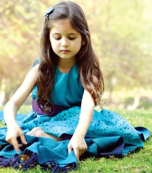 Wallpaper Of Little Girl In Bajrangi Bhaijaan Harshaali Malhotra Harshali Malhotra Pinterest