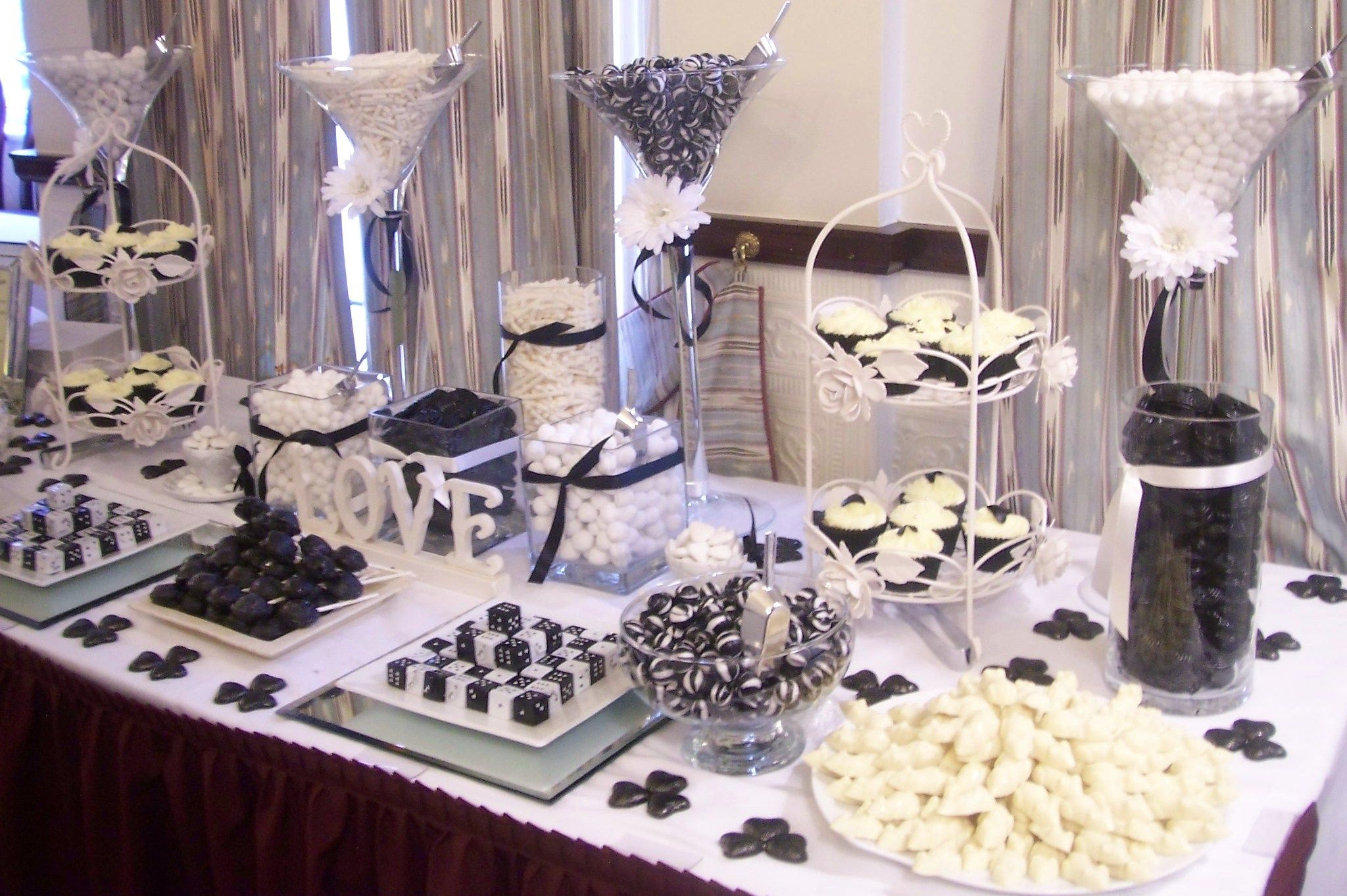 wedding candy bar Black and White Candy Bar Buffets Black and White Candy Bar