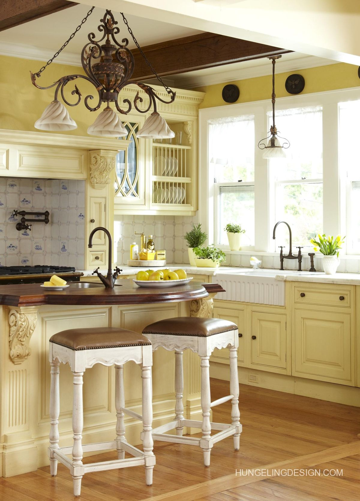 Light Yellow Kitchen Butter Yellow French Country Kitchen I Found These
