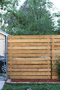 22 Wonderful Pallet Fence Ideas for Backyard Garden   Wood ...