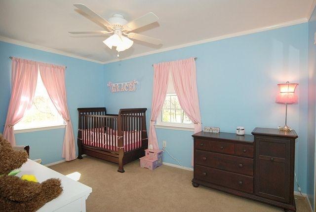 ideen babyzimmer deko mädchen massivholz möbel rosa gardinen - kinderzimmer blau mdchen