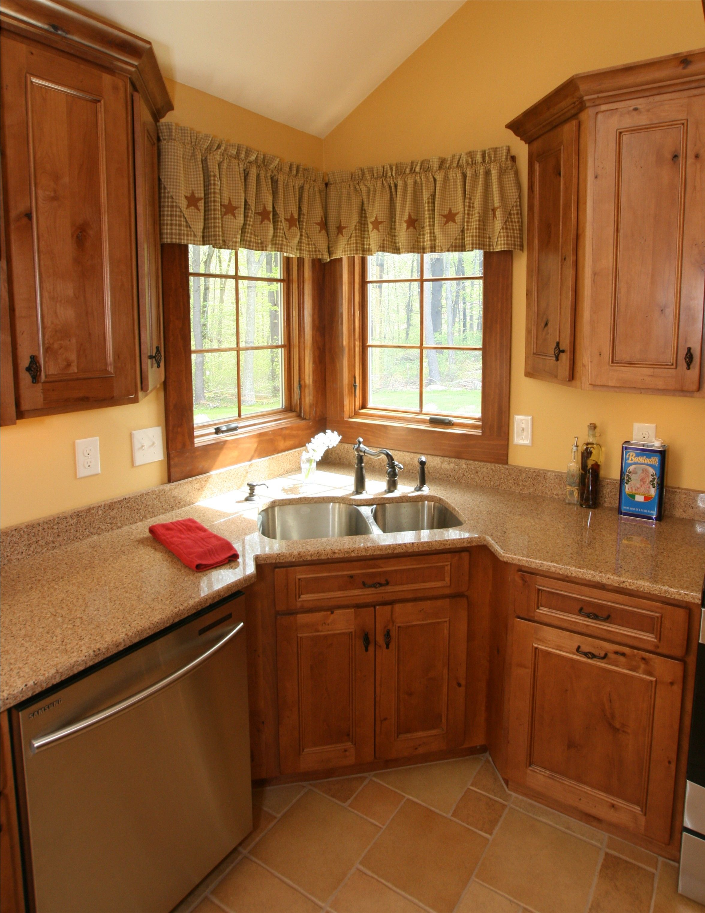 Showplace Kitchen Cabinets This Is A Beautiful Showplace Kitchen Featuring Our Rustic