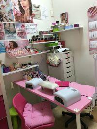small space nail station idea   home nail salon ideas ...