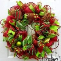 Christmas Deco Mesh Wreath featured on Craft Outlet photo ...
