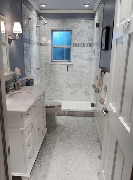 22 Small Bathroom Design Ideas Blending Functionality and Style - narrow bathroom ideas