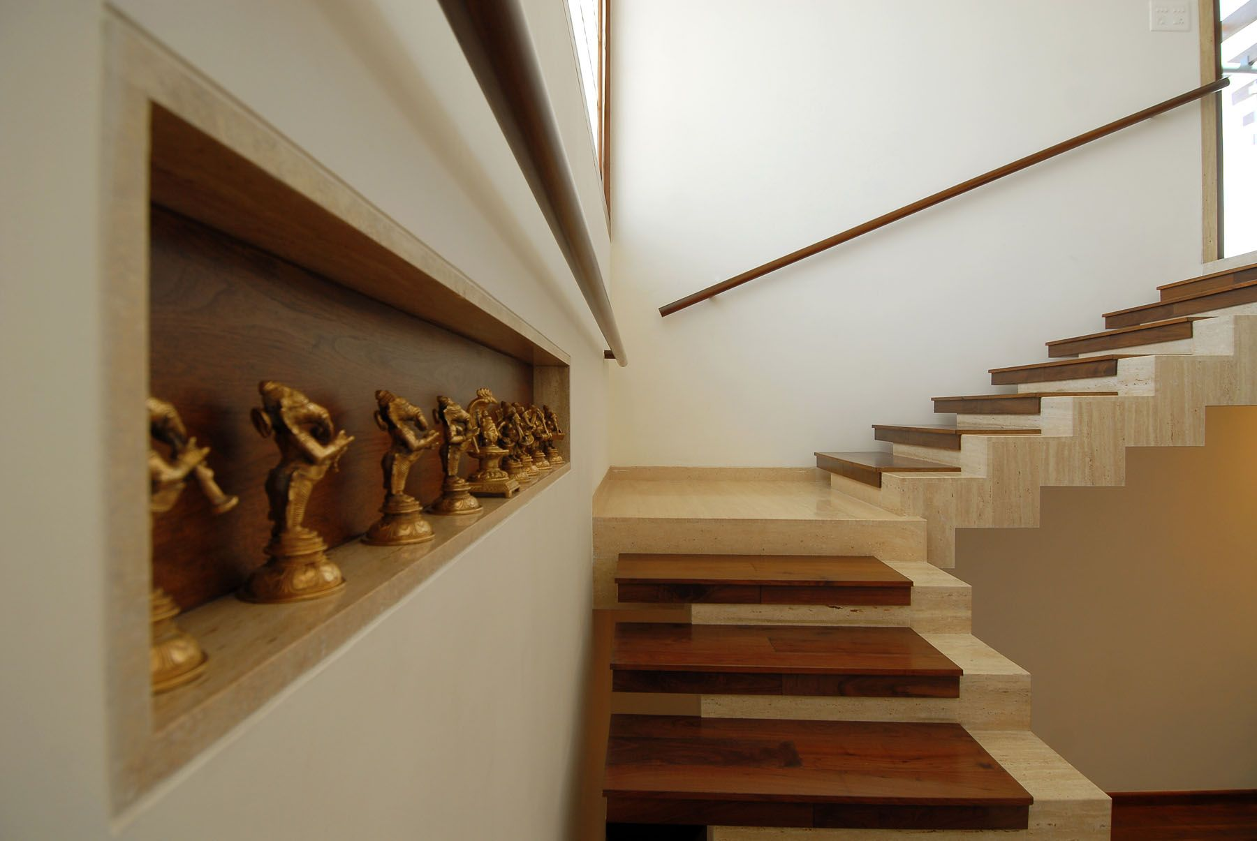 Interior Staircase Designs Duplex House Interior Design Stairs Pinned By Modlar