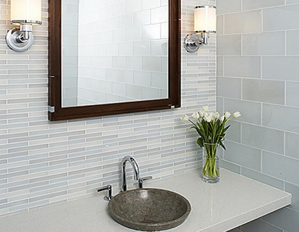 Modern bathroom wall tile patterns ideas for small space