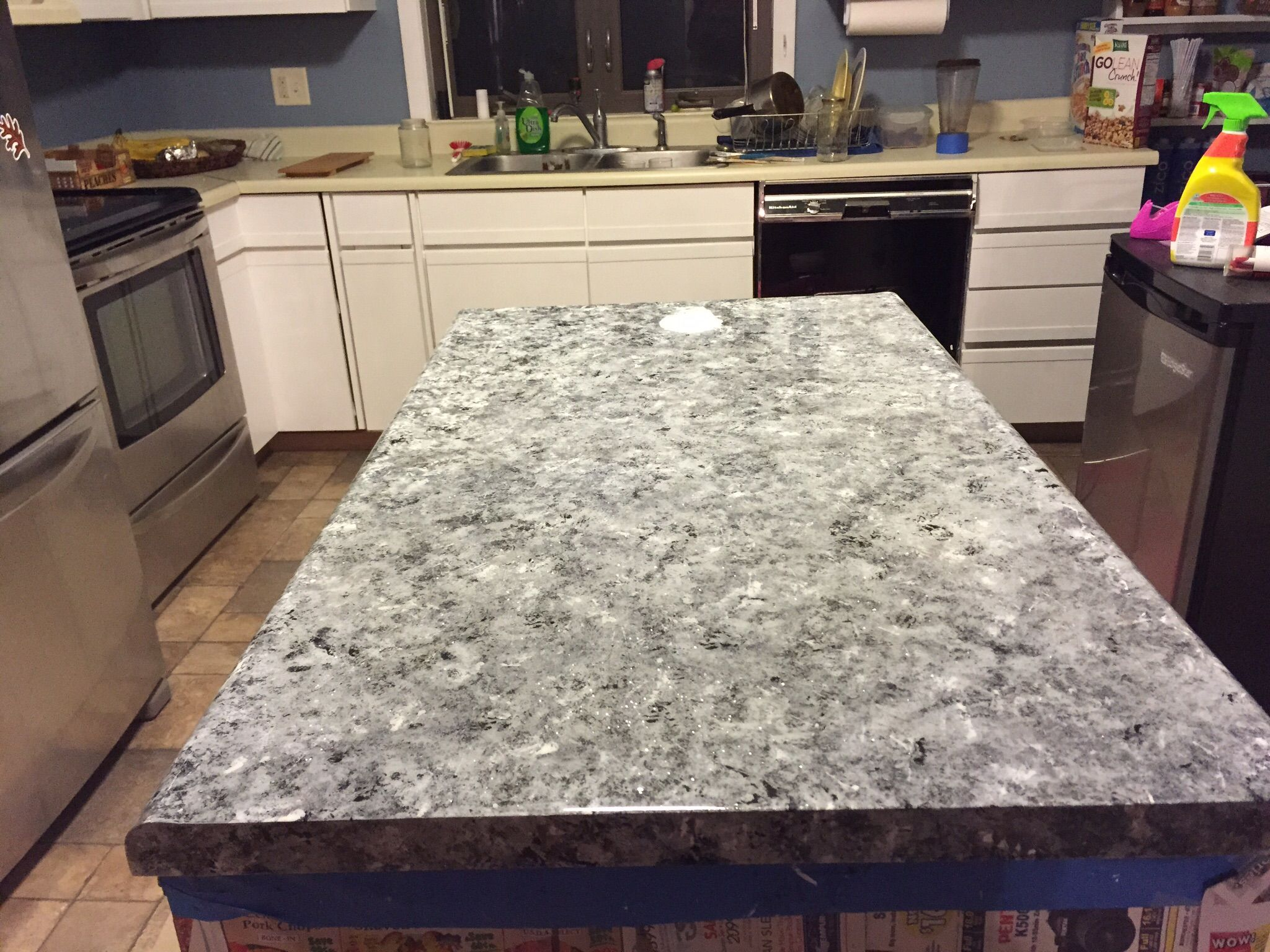 Paint For Countertops That Looks Like Granite Old Ugly Laminate Countertops Painted To Look Like Faux