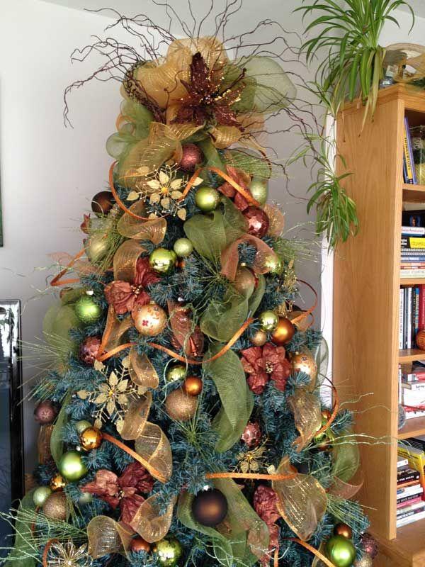 25 Creative and Beautiful Christmas Tree Decorating Ideas - beautiful decorated christmas trees