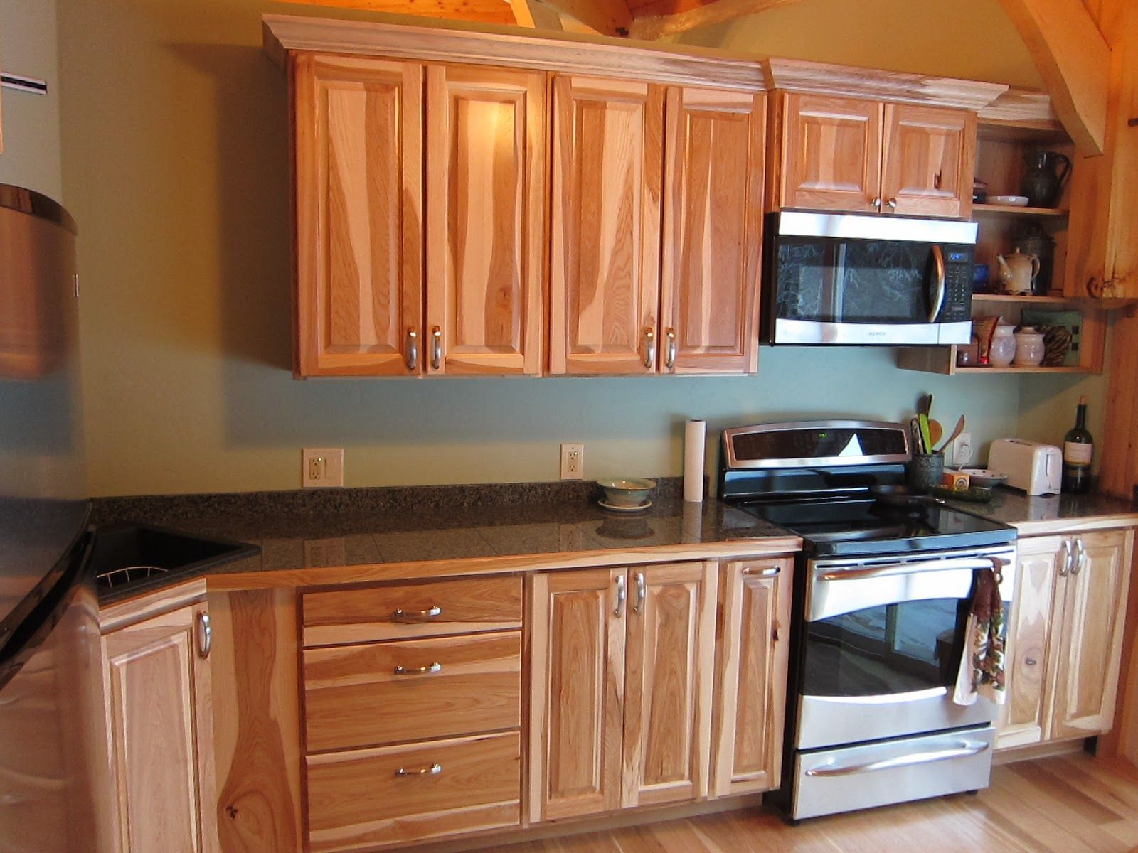 Assembled Kitchen Cabinets Assembled 43hickory 43kitchen 43cabinets Hickory Kitchen