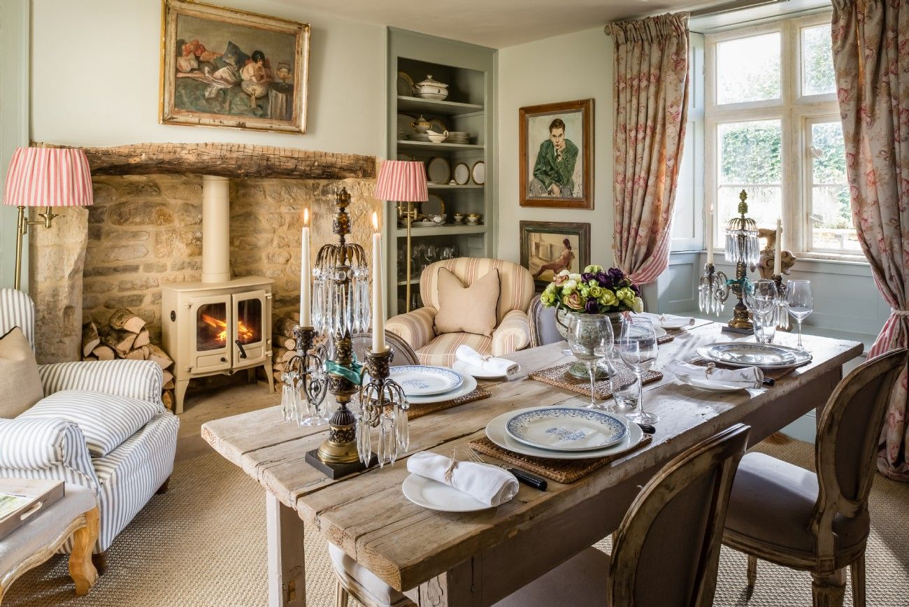 English Farmhouse Interiors Luxury Self Catering Cottage Near Cheltenham In The