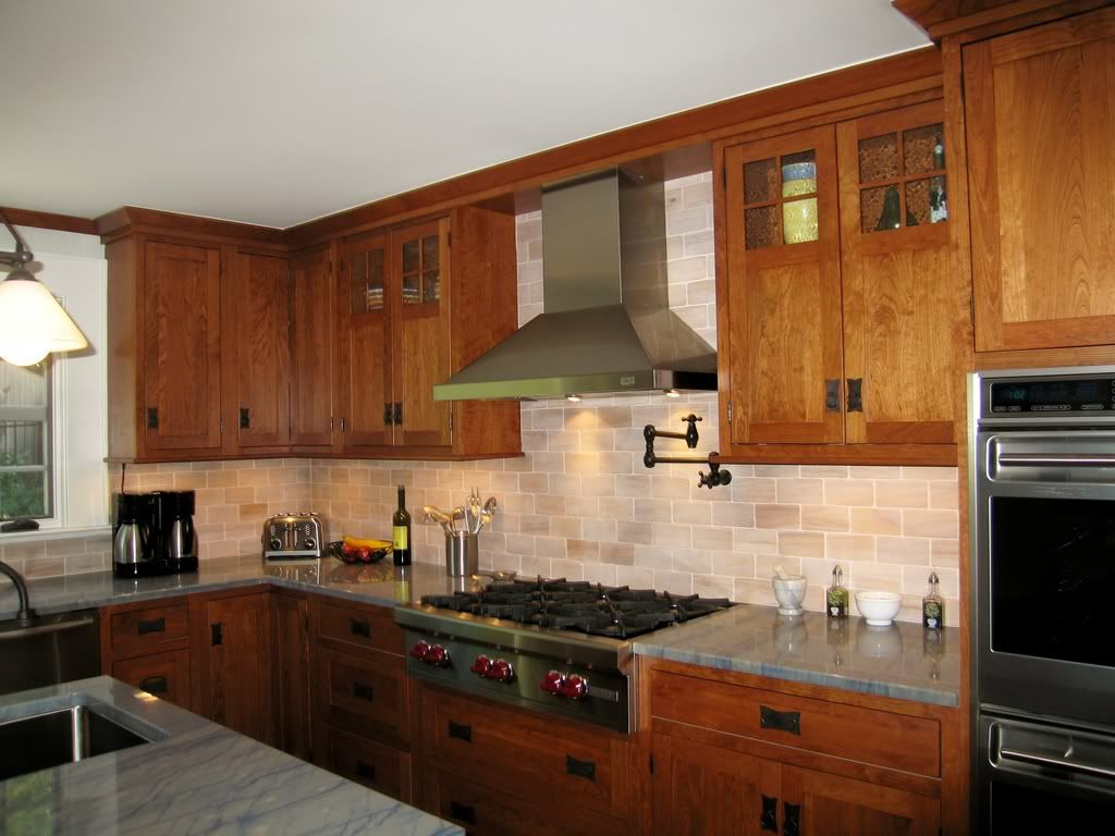 Best Places To Buy Kitchen Cabinets Kraftmaid Kitchen Cabinets Have On Craftsman Shaker