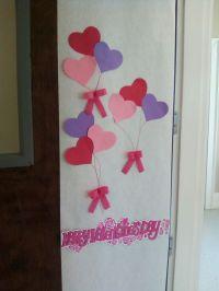Simple Valentine's Day classroom door. | School stuff ...