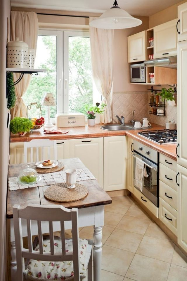kleine küche einrichten landhausstil cremw farbe kleiner - platz schaffen einem kleinen esszimmer