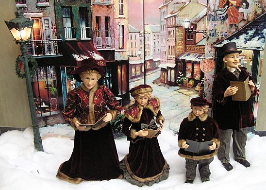 Old-Fashioned Christmas Decorations christmas carolers scene - christmas carolers decorations