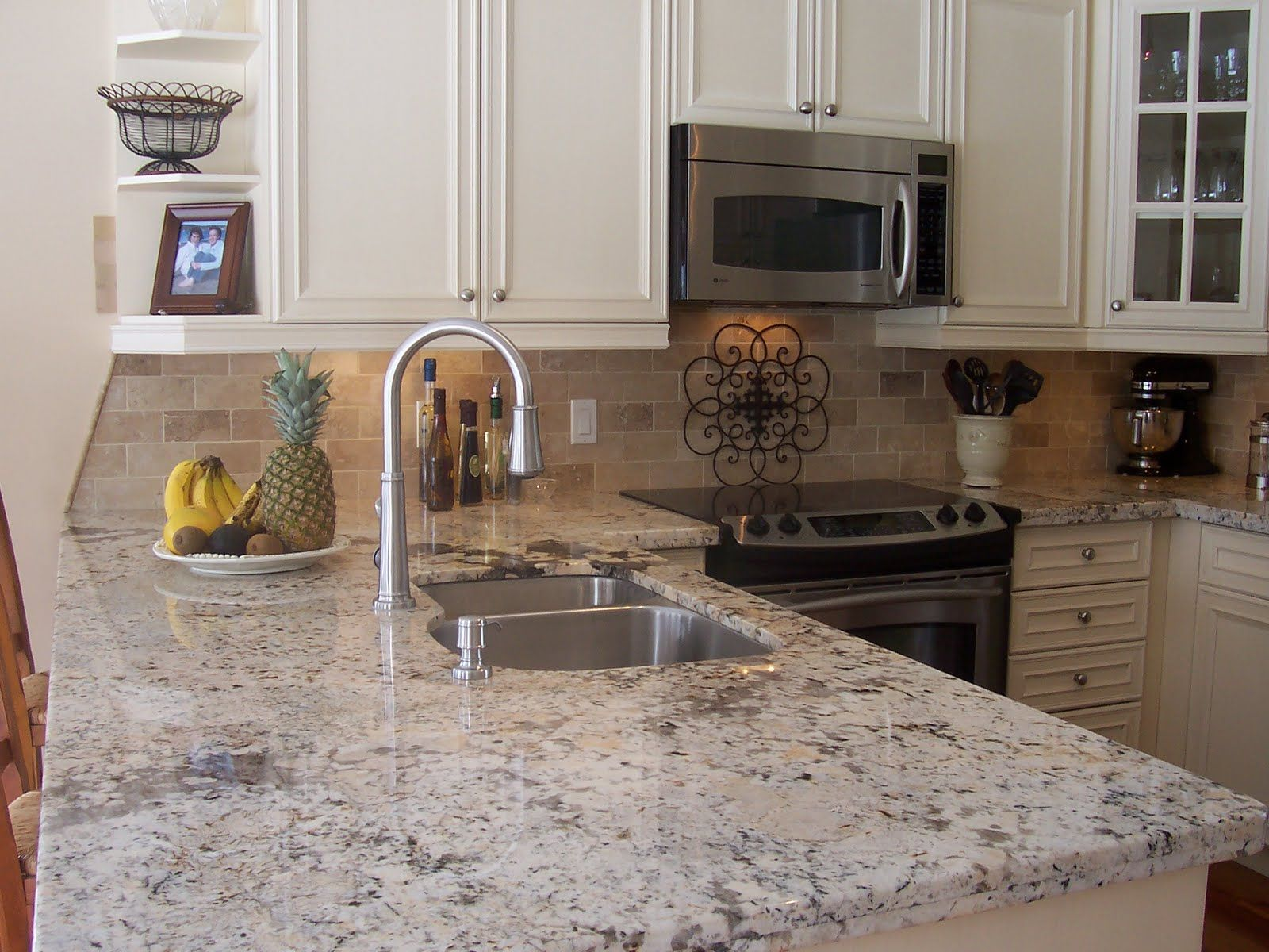 Images Of Granite Countertops In Kitchen Crema Pearl Granite Countertops Kitchen Pinterest