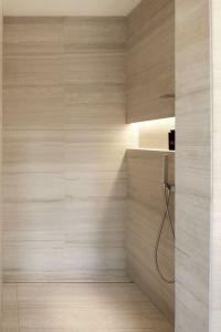 Armani Hotel Milano_bathrooms in Silk Georgette stone ...
