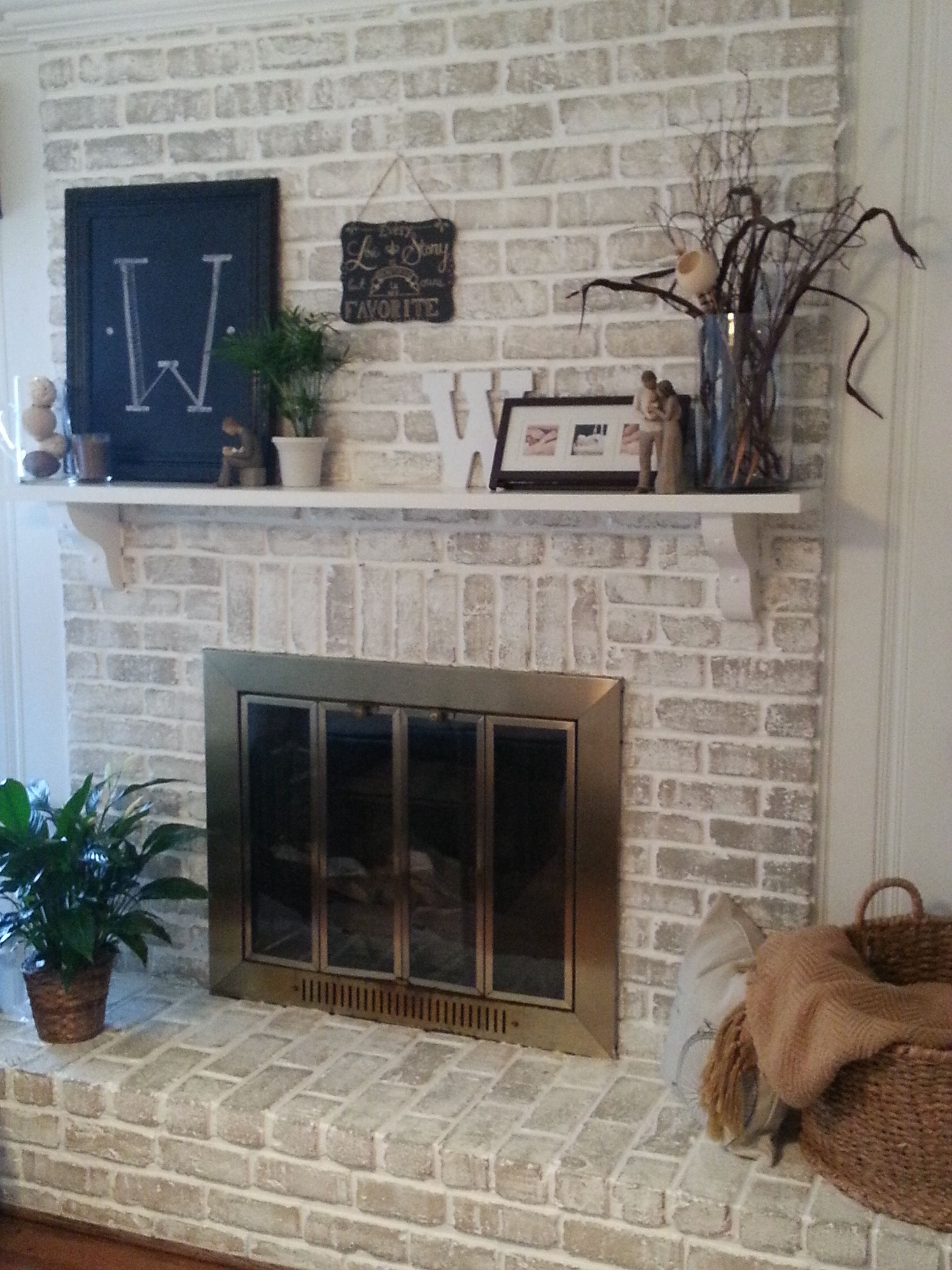 Fireplace Finishes Ideas 20 Fireplace Makeover How To Get A Whitewashed Look On A