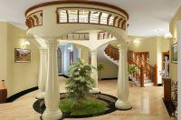 Round courtyard design