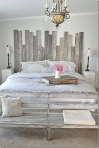 Vintage Country farmhouse, farmhouse style, bedroom ...