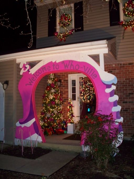 Dr Seuss whoville Whoville #Grinch @Dr #Seuss #Christmas - dr seuss christmas decorations