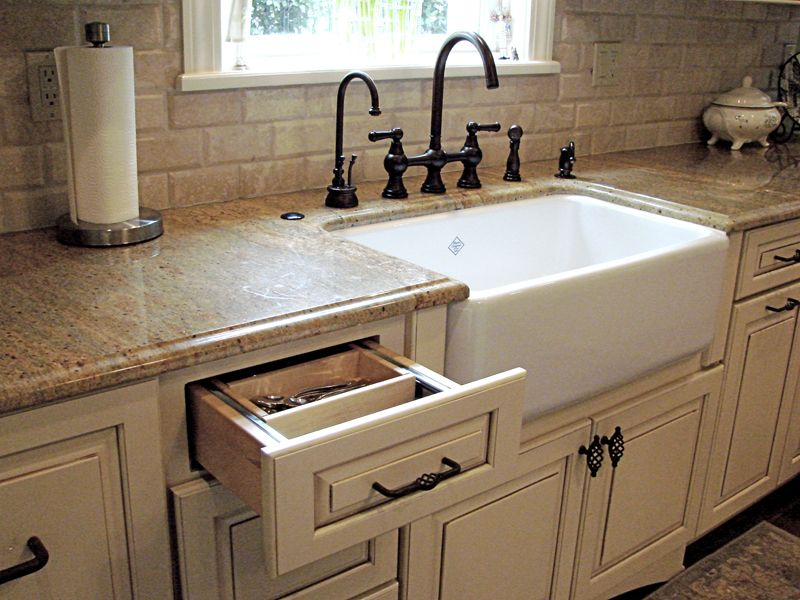 Farmhouse Sinks With Graniter Tops Square Shaped