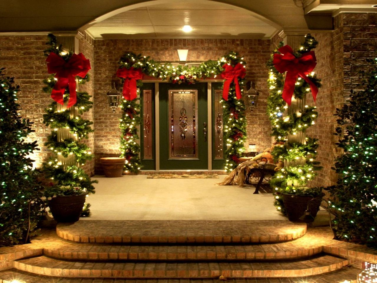 Outdoor Wall Christmas Decorations Use Of Lighting And Decorative Plants To The Outdoor For