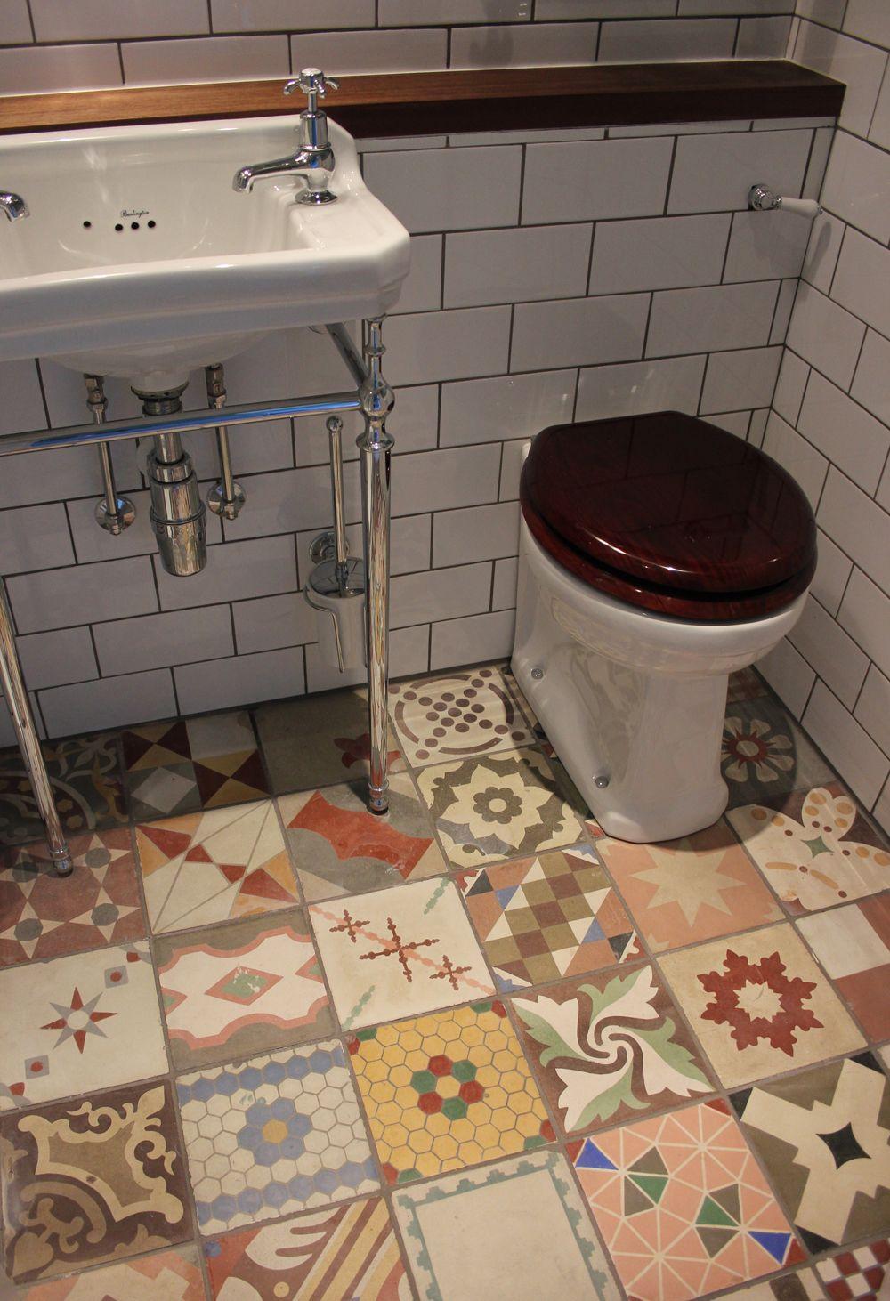 cheap kitchen flooring Small bathroom flooring ideas with mixed antique tiles