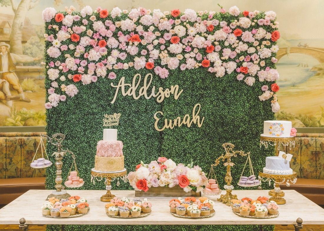 Diy Backdrop Stand For Dessert Table Hedge Wall Dessert Table Baby 39s First Birthday Dohl