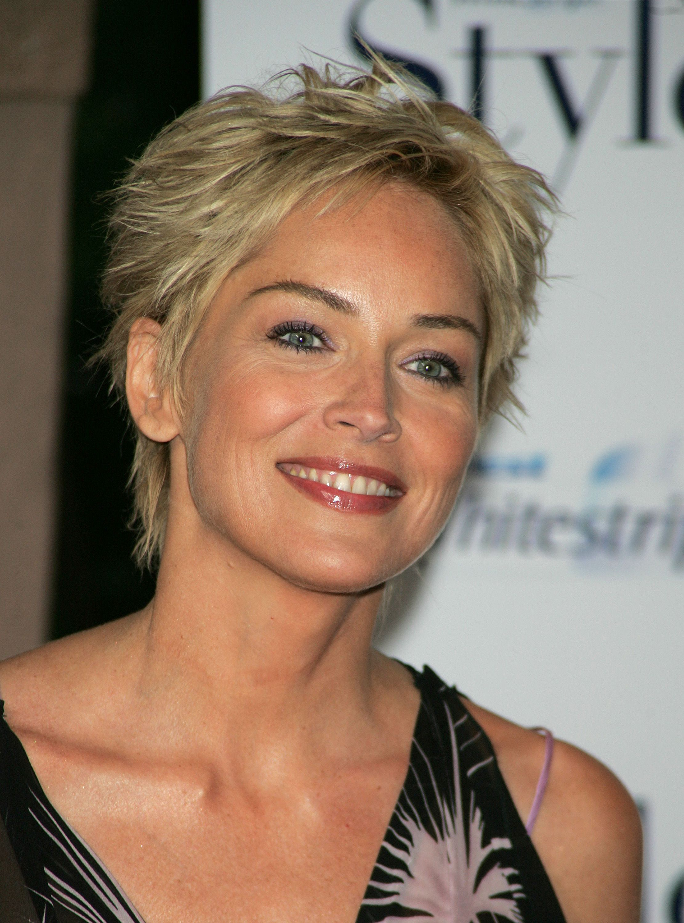 Short pixie cut for women over 50 sharon stone hair style sharon stone haircuts
