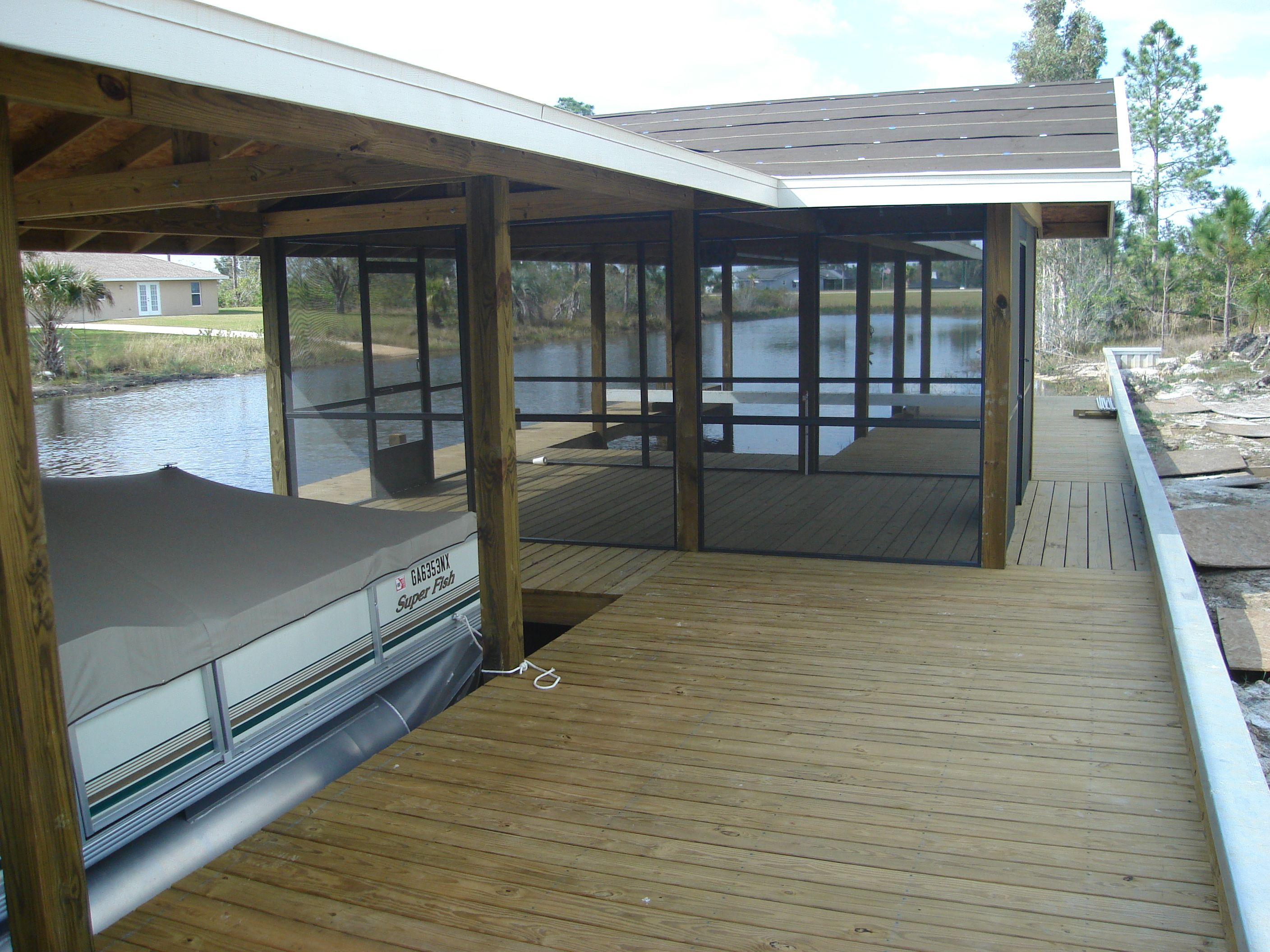 Dock Furniture Ideas Screened Entertainment Room On Boat Dock Docks