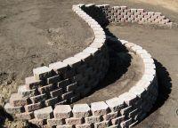 how to build a retaining wall with blocks | Diamond Block ...