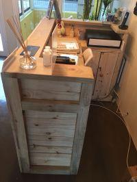 Reception desk made from palettes | Pallet Desk ...