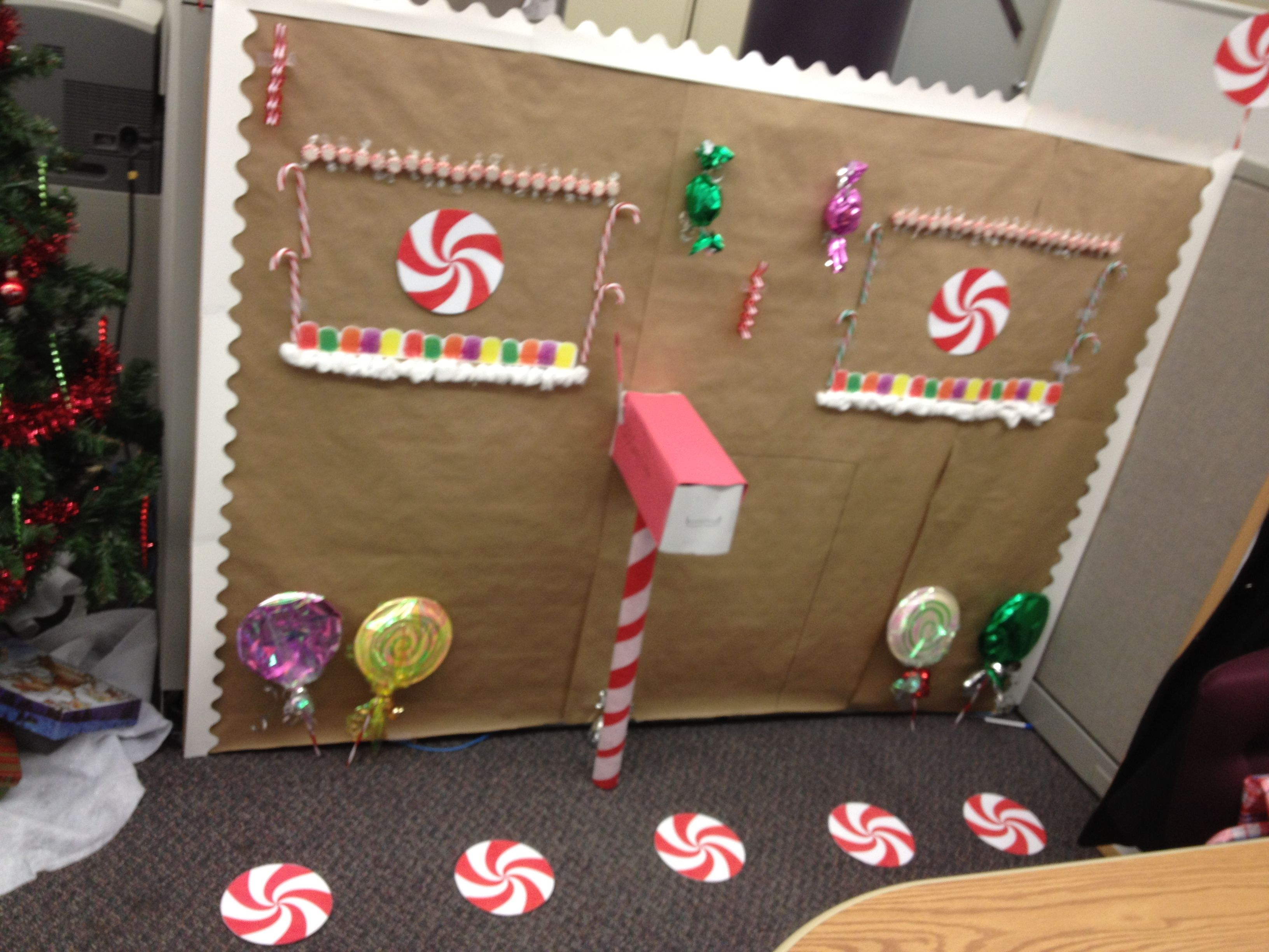 Decorate your cubicle for christmas with dollar store items this design was 5 00 total