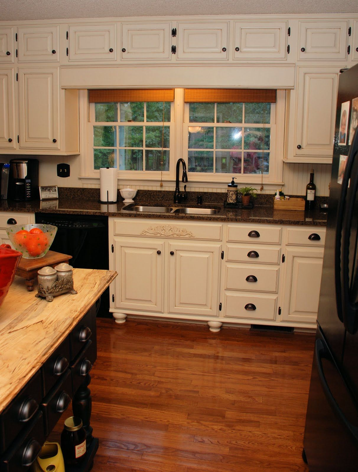 antique white kitchen cabinets with black appliances off white kitchen cabinets 17 Best images about painted kitchen cabinets on Pinterest Antique white kitchens Cabinets and