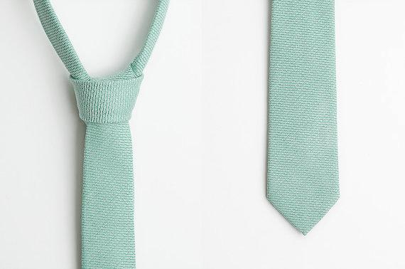 mint green skinny tie ++ aprillookshop
