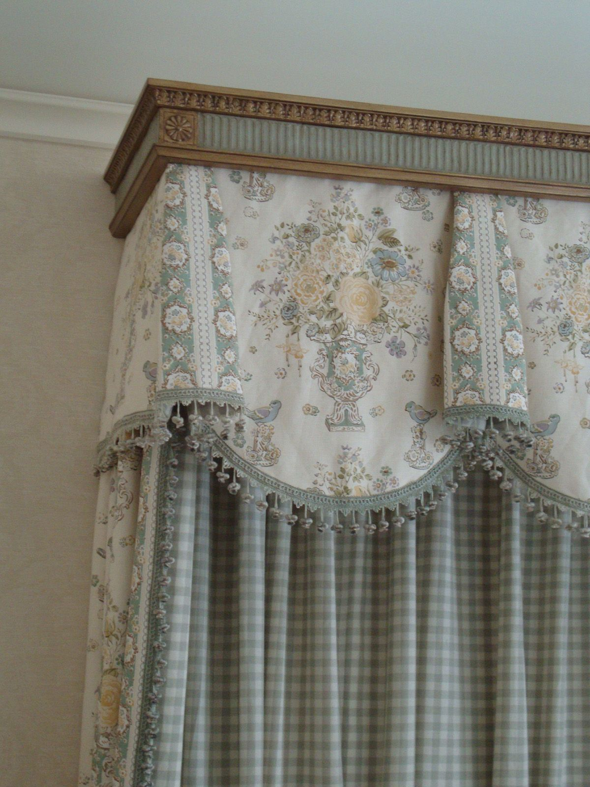 Spannende Fensterdeko Gardinen Ideen Erlene Window Treatments Beautiful Cornice Fabrics And Trim Vorhänge Gardinen