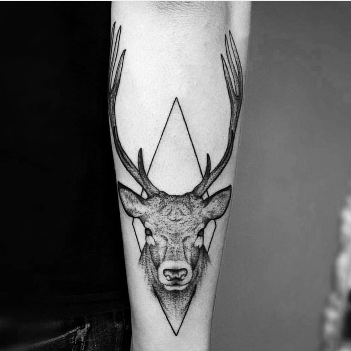 Hirsch Tattoo #geometrisches #tattoo #hirsch #nice | Tattoos | Pinterest