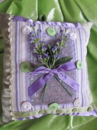 Lavender Scented Sachet Accent Bed Pillow by ItseeBitsee ...