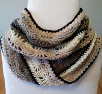 Winter Spider Crochet Infinity Scarf Free Pattern ...